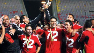 Photo of الأهلي يفوز على الزمالك «2-1» ويتوج بطلًا لدوري أبطال أفريقيا