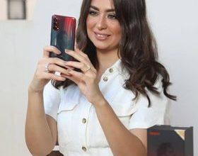 "Photo of هبه مجدي في إطلالة جديدة هادئة في إعلان "" أوبو رينو 4 """