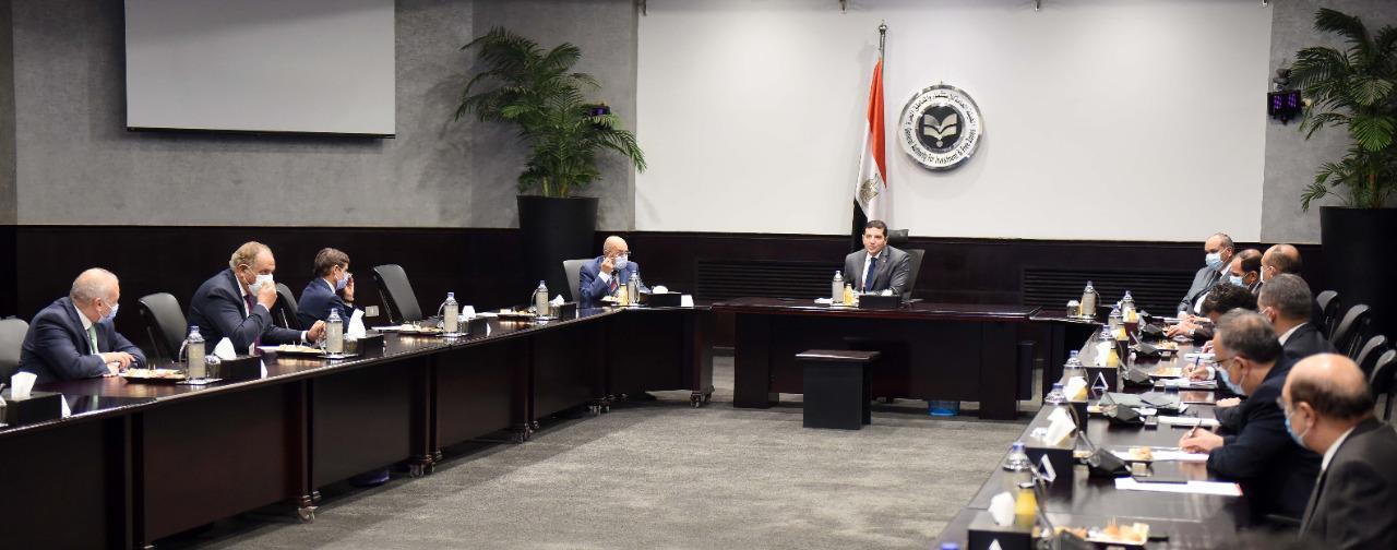 """رئيس """"الهيئة العامة للاستثمار"""" يلتقي مُمثلي كبرى مكاتب الاستشارات القانونية وبيوت الخبرة المالية"""