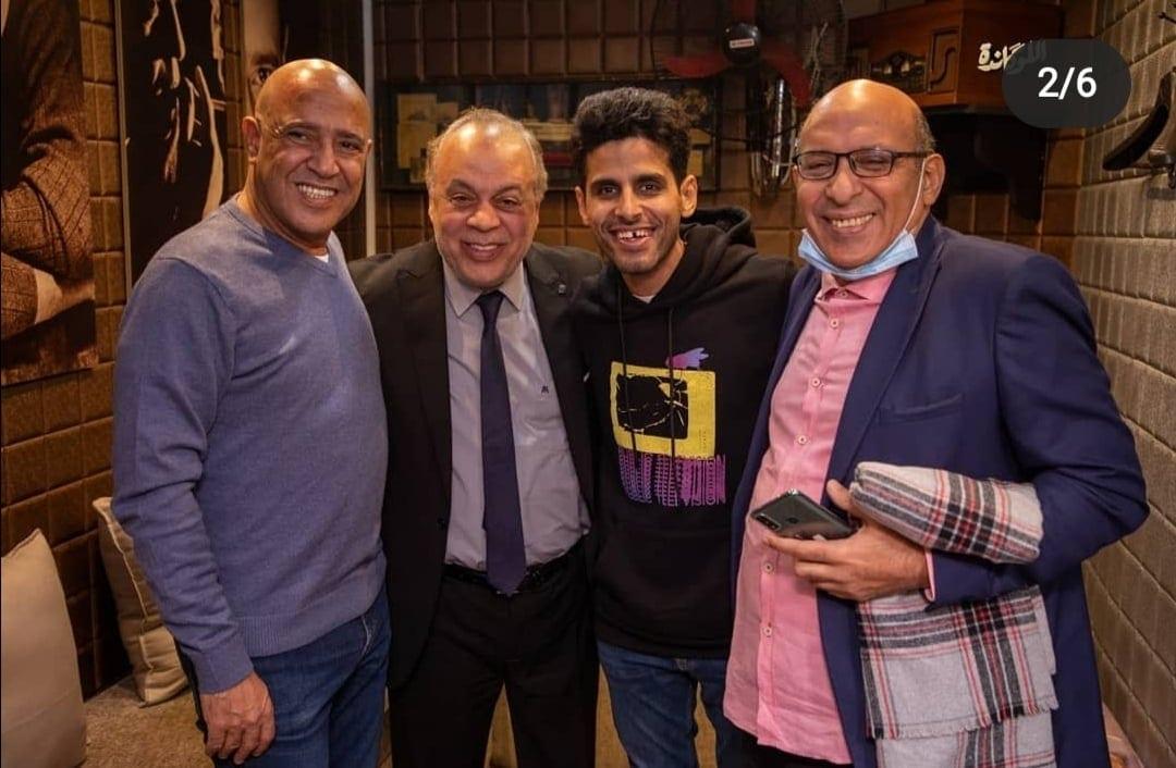 """أشرف عبد الباقي يواصل إحتفالة بنجاح سيت كوم """"اللوكاندة""""أول سيت كوم كوميدي مسرحي"""