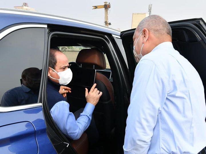 تفقد الرئيس عبدالفتاح السيسي اليوم الجمعة سير العمل ومعدلات الانجاز في بعض المواقع
