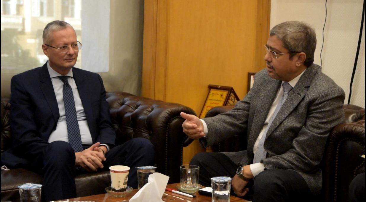 رئيس اتحاد الغرف التجارية يستقبل سفير مصر في بولندا لوضع خطة تنمية العلاقات الثنائية التجارية والاستثمارية