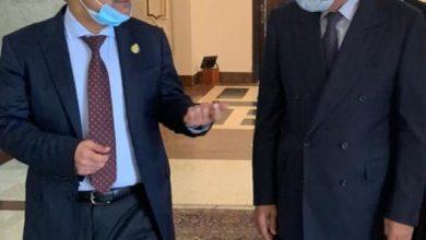 Photo of الأمين العام لجامعة الدول العربية يعقد اجتماعاً تشاورياً مع رئيس البرلمان العربي