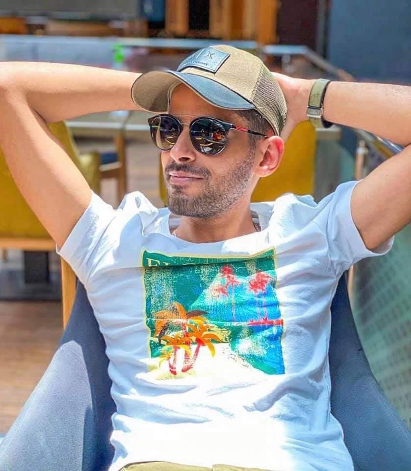 """حمدي الميرغني أفضل ممثل كوميدي لعام ٢٠٢٠طبقا لاستفتاء """"وشوشة"""""""