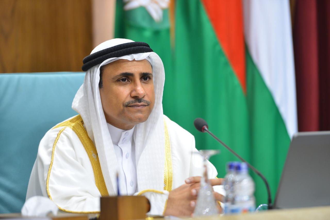 رئيس البرلمان العربي يُحذر من خطورة استمرار تعنت ميليشيا الحوثي الانقلابية وعدم السماح لفريق الامم المتحدة لصيانة خزان صافر النفطي