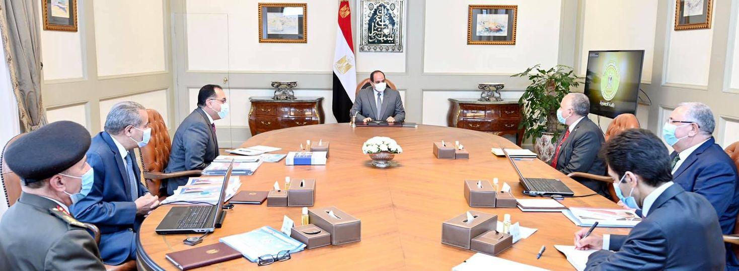 """السيد الرئيس يتابع جهود الدولة """"لتطوير منظومة المخابز على مستوى الجمهورية""""."""