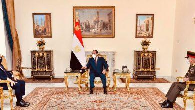 Photo of الرئيس يؤكد خلال استقبال وزير الدفاع اليوناني بأن التعاون العسكري بين مصر واليونان وقبرص