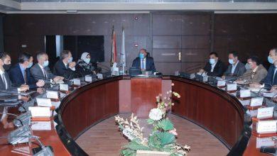 Photo of وزير النقل يبحث مع رئيس  شركة الستوم العالمية التعاون المستقبلي  في مجالات السكك الحديدية والمترو والجر الكهربائي