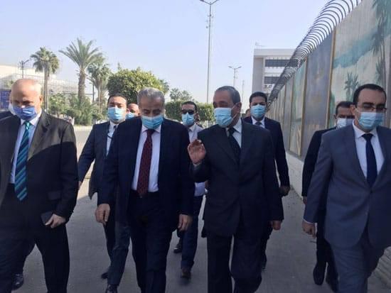 وزير التموين ومحافظ الإسماعيلية يتفقدان مركز خدمة المواطنين في نطاق المحافظة