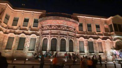 Photo of انتهت وزارة السياحة والآثار من أعمال المرحلة الأولى من مشروع تحديث وتطوير أنظمة الإضاءة الليلية بشارع المعز