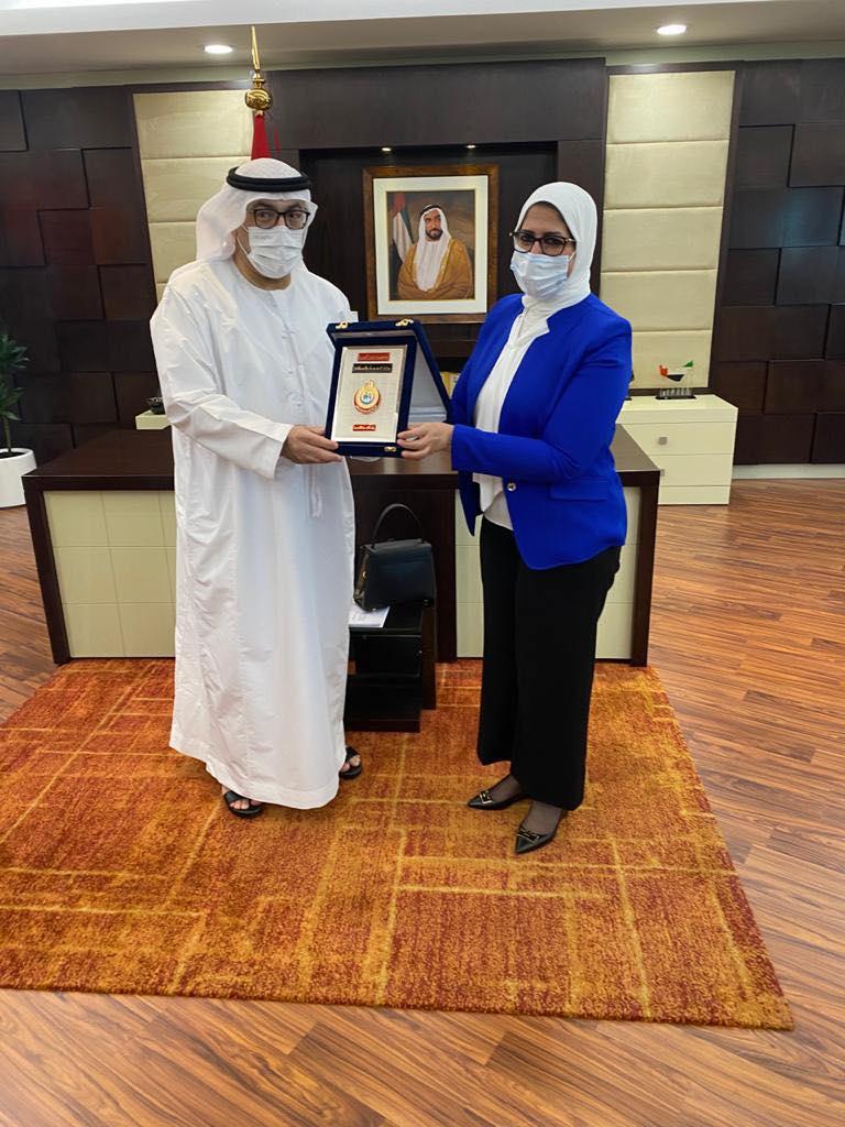 وزيرة الصحة تلتقي نظيرها الإماراتي