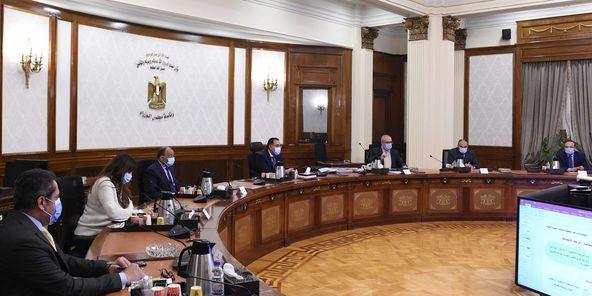 رئيس الوزراء يتابع الخطوات النهائية لوضع الضوابط والاشتراطات التخطيطية والبنائية