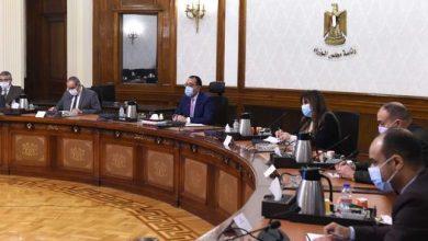 Photo of رئيس الوزراء يستعرض ملفات عمل وزارة الطيران المدني خلال 2020