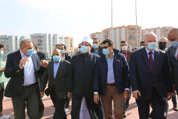 وزراء الشباب والأوقاف والتنمية المحلية ومحافظ القاهرة يتفقدون مركز شباب الأسمرات