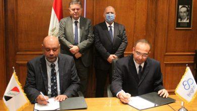 Photo of وزير قطاع الأعمال العام يشهد توقيع بروتوكولين لإقامة أول مركز بحوث وتطوير للسيارات والأتوبيسات الكهربائية