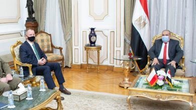 """Photo of وزير الدولة للإنتاج الحربي في نقاش مع السفير البولندي وشركة """"PGZ"""""""