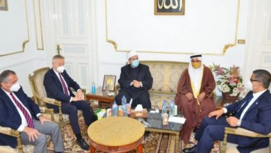 Photo of وزير الأوقاف يستقبل رئيس البرلمان العربي ووفدًا رفيع المستوى من البرلمان الدولي