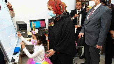 Photo of وزيرة التضامن الاجتماعي ومحافظ بني سويف يفتتحان دار الأيدي الأمينة لرعاية الفتيات بلا مأوي