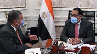 Photo of رئيس الوزراء يتابع مع وزير قطاع الأعمال ملفات عمل الوزارة