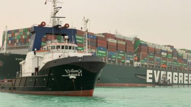 Photo of قناة السويس: تواصل جهودها لتعويم السفينة الجانحة