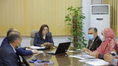 Photo of منال عوض تعقد إجتماعاً لمناقشة المواقع المقترحة لإنشاء مستشفى مركزى جديدة