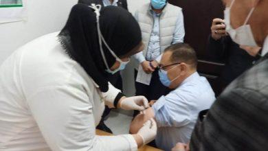 "Photo of ""محافظ الشرقية"" يتلقى الجرعة الأولى من لقاح فيروس كورونا المستجد بمكتب صحة الزقازيق ثان"