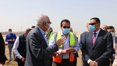 Photo of وزير التعليم العالي يتفقد منشآت جامعة المنصورة الأهلية