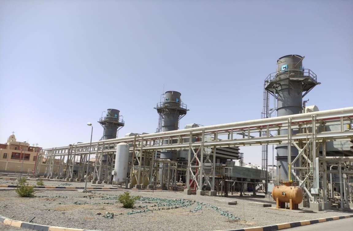 البيئة تحكم سيطرتها على انبعاثات مداخن محطتى كهرباء جنوب حلوان  والغردقة بمنظومة الرصد الإلكتروني