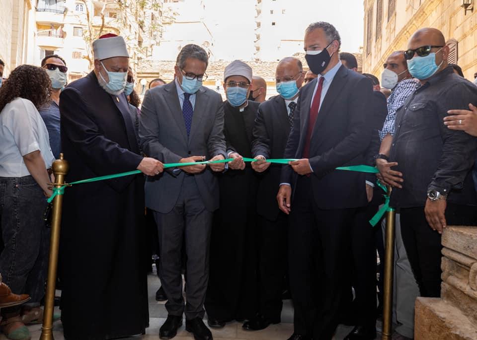 افتتاح قبة ضريح الإمام الشافعي بعد حوالي ٥ أشهر من افتتاح جامع الامام الشافعي الملاصق لها