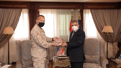 "Photo of ""الفريق أسامة ربيع"" يلتقي مدير الشئون الاستراتيجية والخطط والسياسات بالقيادة المركزية الأمريكية"