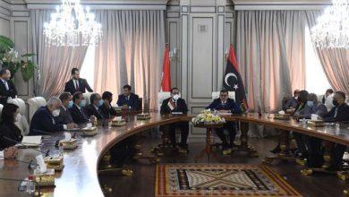 Photo of رئيس الوزراء المصري ورئيس حكومة الوحدة الوطنية الليبية يشهدان التوقيع على 11 وثيقة لتعزيز التعاون بين البلدين