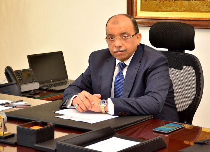 """""""وزير التنمية المحلية"""" يعلن بدء التطبيق التجريبى لمنظومة التراخيص والاشتراطات البنائية الجديدة لمدة شهرين بـ27 مركز ومدينة بالمحافظات"""