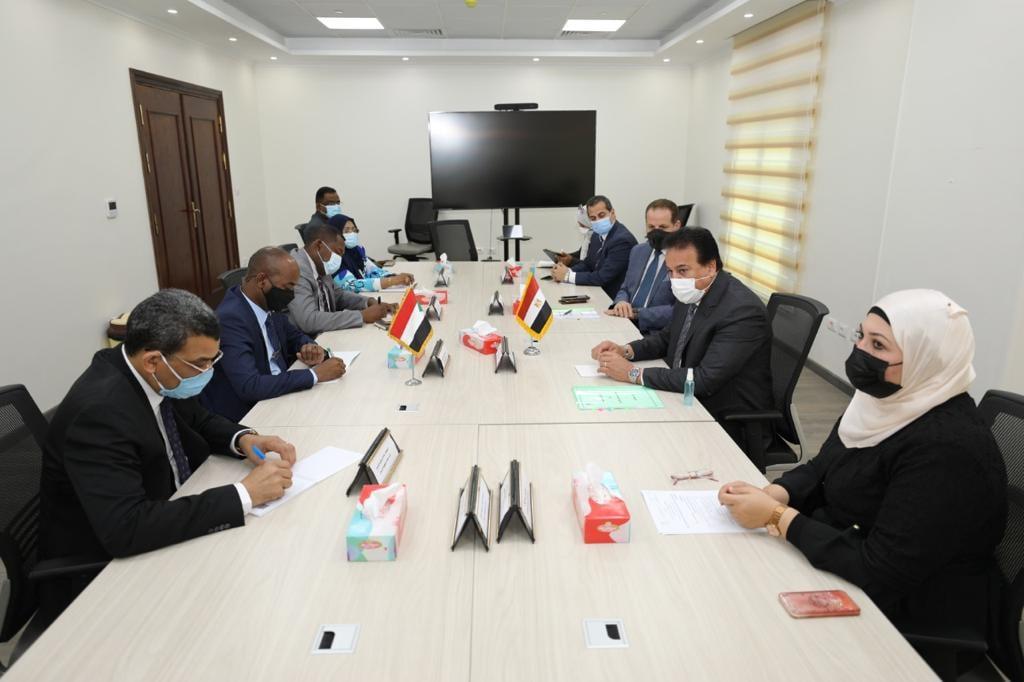 وزير التعليم العالي والبحث العلمي يستقبل وزير الثروة الحيوانية السوداني