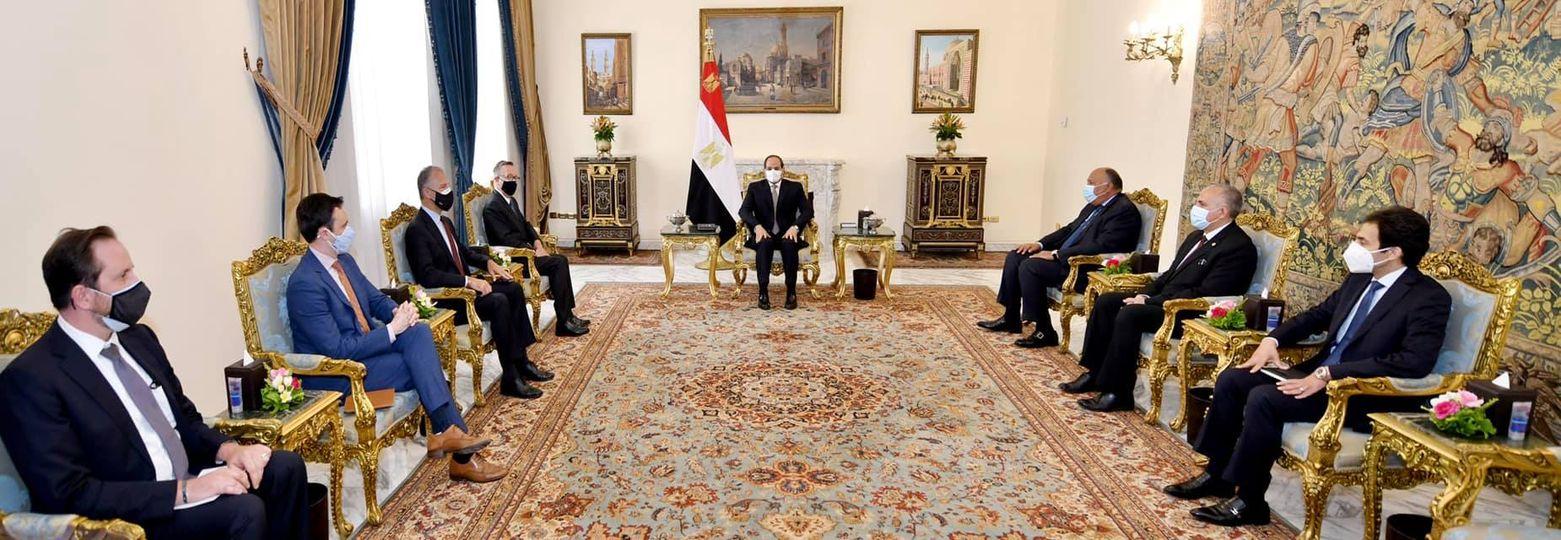 استقبل السيد الرئيس عبد الفتاح السيسي اليوم السيد جيفري فيلتمان، المبعوث الأمريكي الخاص لمنطقة القرن الأفريقي