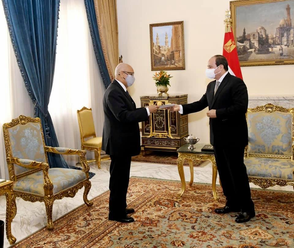 استقبل السيد الرئيس عبد الفتاح السيسي اليوم السيد زيني مولاي، وزير خارجية جمهورية مالي، وذلك بحضور السيد سامح شكري وزير الخارجية