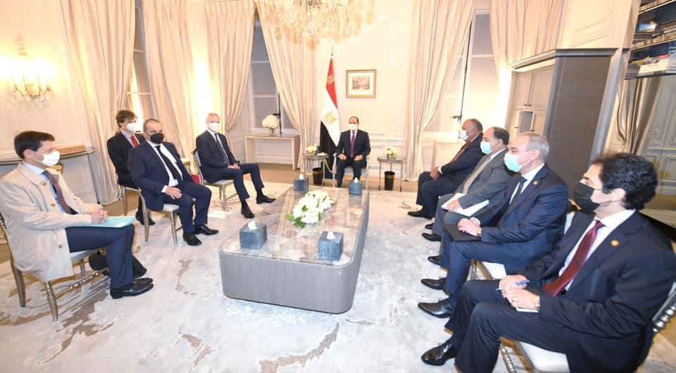استقبل السيد الرئيس عبد الفتاح السيسي اليوم السيد برونو لومير، وزير الاقتصاد والمالية الفرنسي، وذلك بمقر إقامة سيادته في باريس