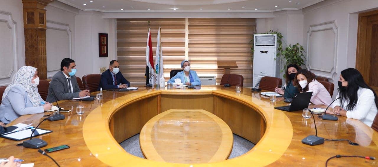 وزيرة البيئة تلتقى ممثلي برنامج الأمم المتحدة للمستوطنات البشرية لبحث سبل التعاون فى مجال المخلفات