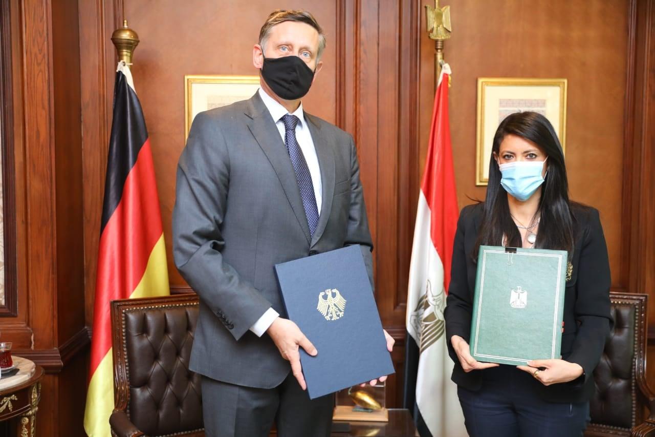 الدكتورة رانيا المشاط وزيرة التعاون الدولي: منح ألمانية بقيمة 57.5 مليون يورو لتنفيذ 6 مشروعات في قطاعات الدولة المختلفة