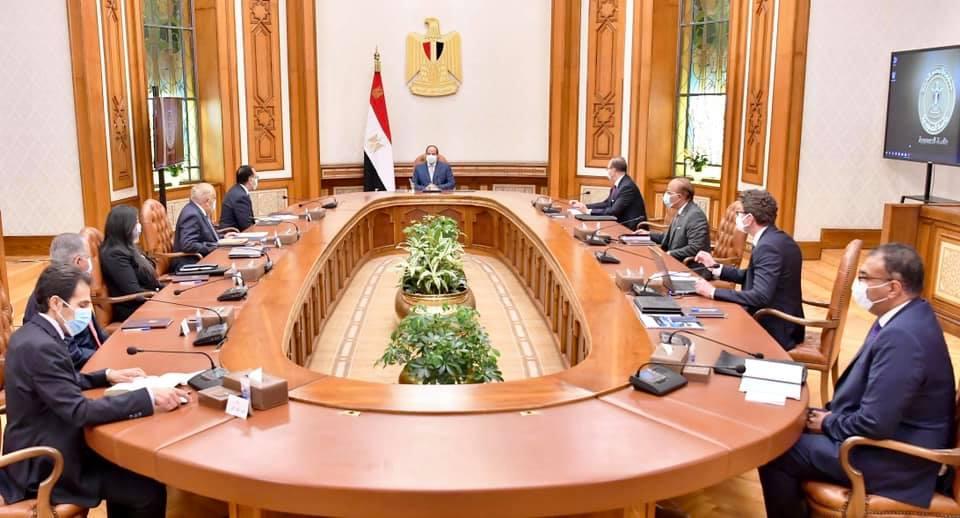السيد الرئيس يؤكد ان طموح مصر غير محدود في تحقيق التطور الصناعي والتقدم والتنمية