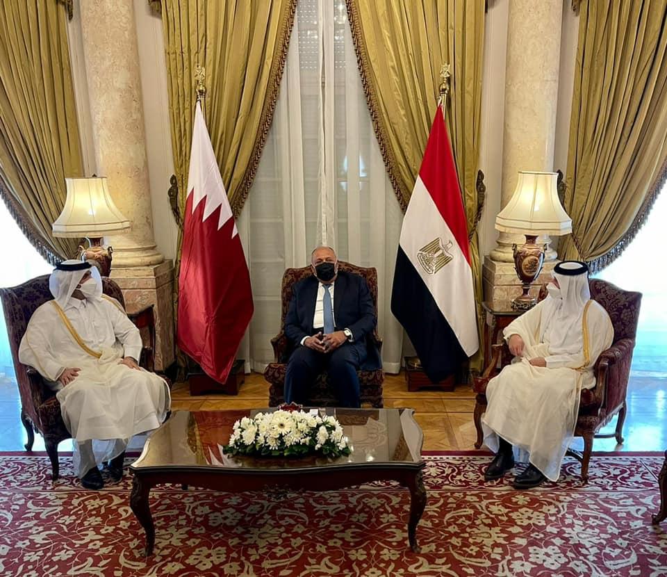 استقبل وزير الخارجية سامح شكري اليوم نائب رئيس مجلس الوزراء وزير خارجية قطر الشيخ محمد بن عبد الرحمن آل ثاني وذلك بقصر التحرير