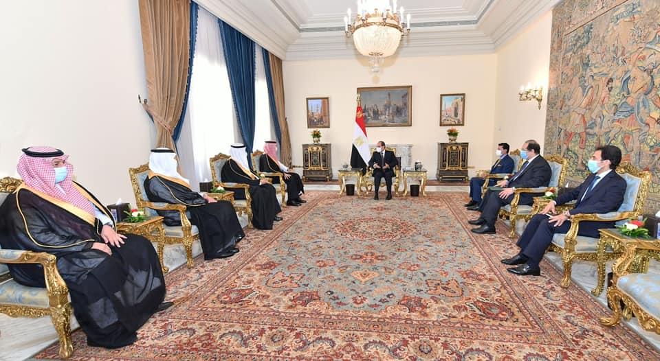 استقبل السيد الرئيس عبد الفتاح السيسي اليوم الأمير عبد العزيز بن تركي الفيصل، وزير الرياضة ورئيس اللجنة الأولمبية السعودية