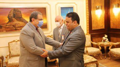Photo of سعفان يستقبل وزير العمل الليبي في بداية زيارته للقاهرة