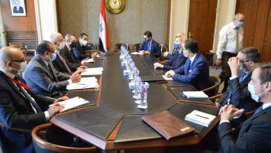 Photo of مصر وفرنسا تبحثان التطورات الإيجابية التي شهدتها العلاقات الثنائية وعدد من القضايا الإقليمية والدولية التي تهم البلديّن