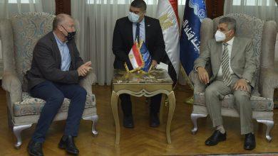Photo of الفريق أسامة ربيع يلتقي السفير الأسترالي لبحث سبل التعاون المشترك