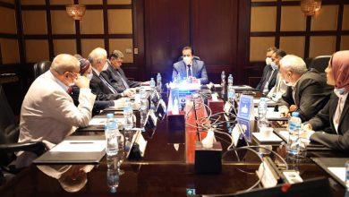 Photo of وزير التعليم العالى يرأس اجتماع اللجنة العليا للفيروسات التنفسية
