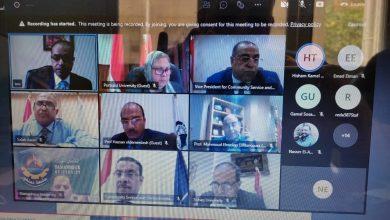 Photo of وزير التعليم العالي يستعرض تقريرًا حول اجتماع المجلس الأعلى لشئون خدمة المجتمع وتنمية البيئة
