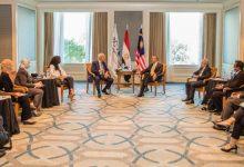 Photo of وزير الخارجية الماليزي يلتقي رئيس اقتصادية قناة السويس لبحث فرص الاستثمار بالمنطقة