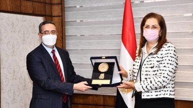 Photo of وزيرة التخطيط تلتقي سفير الهند لبحث أوجه التعاون الثنائي بين دولتي مصر والهند