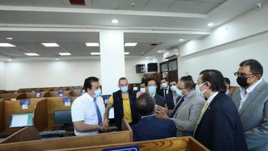 Photo of وزير التعليم العالي يتفقد مركز الاختبارات الإلكترونية والمكتبة المركزية بجامعة بنها