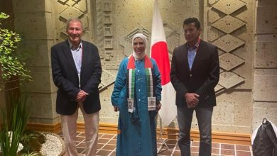 Photo of وزير الشباب والرياضة يلتقي رئيسة بعثة الإمارات المشاركة بدورة الألعاب الأولمبية بطوكيو